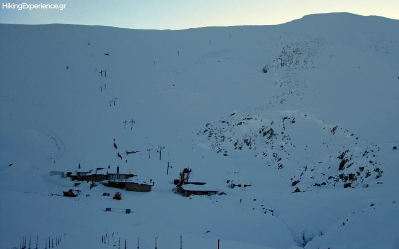 Οι εγκαταστάσεις του Athens Ski Club στις πλαγιές του Γεροντόβραχου