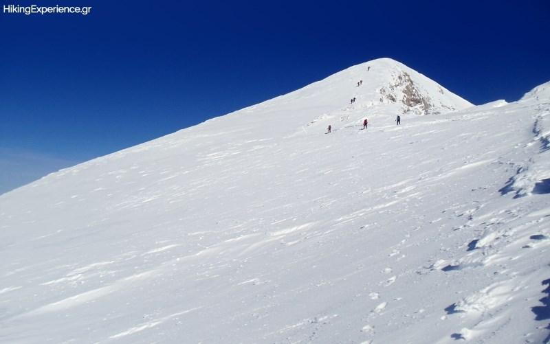 Στα τελευταία μέτρα πριν την κορυφή