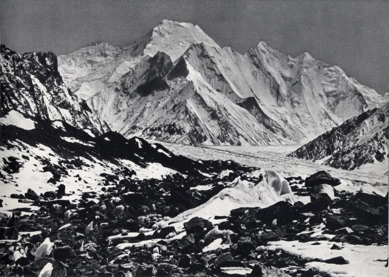 Chogolisa (Bride Peak) 7654m, Godwin Austen glacier, Karakoram. 1909