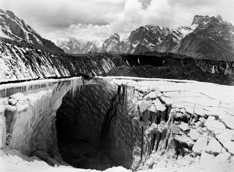 Moraine Lake on the Baltoro Glacier above Urdukas, 1909